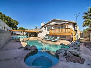 NEW! The Neptune House w/ Pool, Spa & Outdoor Bar!