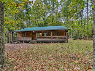 Deep Creek Cabin w/2 Acres, 8Mi to Wisp Ski Resort