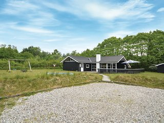 Nice home in Toftlund w/ Sauna, WiFi and 4 Bedrooms (S10255)