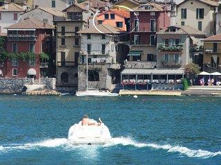 Casa Mara, Varenna - The great beauty of Varenna, with balcony above Como Lake