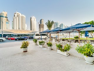 Short Booking - Two Bedroom Apartment in Marina Diamond, Close to Metro