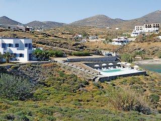 Villa met zwembad en een mooi panorama op de Egeïsche zee
