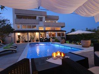 Villa with private pool, Ciovo Trogir