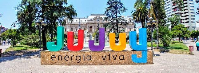 JUJUY - ENERGIA VIVA! Plaza Central de Jujuy - a 50mt