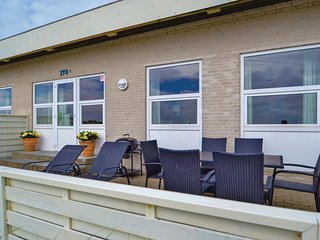 Beautiful home in Hvide Sande w/ 2 Bedrooms and WiFi (P62779)