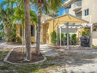 Remodeled 3 Bedroom House On the Gulf