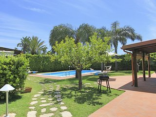 3 bedroom Villa with Pool, Air Con and WiFi - 5817794