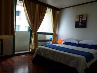 Paco Holiday Home Sleeps 3 with Pool Air Con and WiFi - 5810876