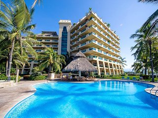 Enjoy ocean breezes & swaying palms at Ocean Vista Residences!