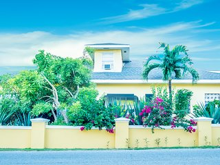 Cayman Island Splendor at the Iron Shore House