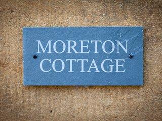 Moreton Cottage | Cosy Cottage in Moreton Centre
