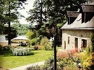 Gîte 'La Ferme' - Magnifique longère avec vue magique sur le Lac & la campagne