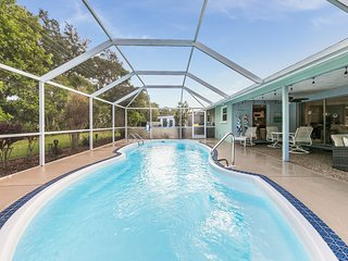 Screened, heated pool - Sarasota home near Siesta Key Beach