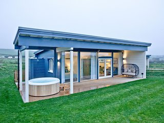 Rafters, March End Lodges - A beautiful countryside retreat with private hot tub