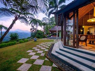 Villa Puri Naga Toya high above Bali's Ayung River