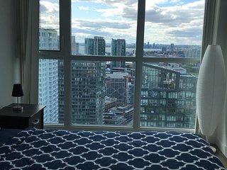 Shameem Suites Toronto Downtown Stunning 42nd floor 2 Bedroom
