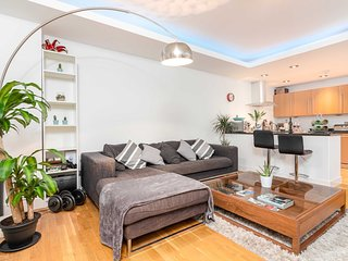 Bright Balham Apartment - NSB