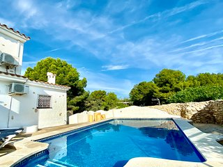 *New Villa for 2020* Villa Esmerelda private pool Free Wifi