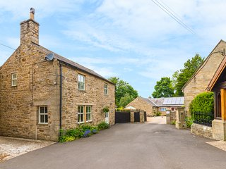 GROVE COTTAGE, open fire, stone-built with character, games room in Allendale