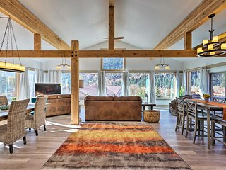 Magnificent Ouray Abode w/ Deck & Mountain Views!