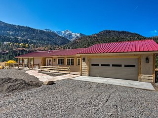 NEW! Luxury Ouray Home w/Panoramic Mountain Views!