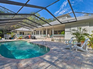 NEW! Inglis Home w/ Screened-in Pool & Boat Lift!