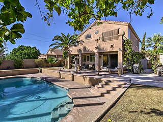 Chandler Retreat w/ Private Pool, Waterfront Views