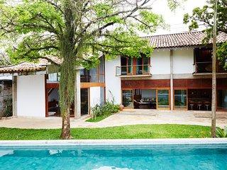 Rio680 - Magnificent villa with pool in Santa Tereza Rio680