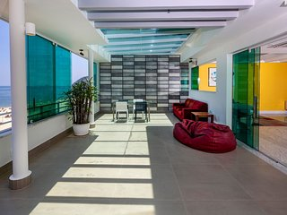 Rio199-Stunning triplex penthouse in Leblon