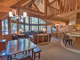 Private South Lake Tahoe House 7 Mins to Heavenly!