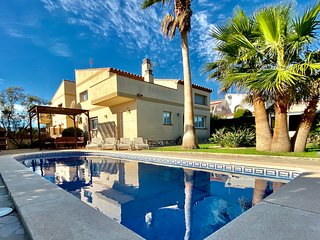 Villa Martina with private garden & pool only 15mins walk to sandy beach