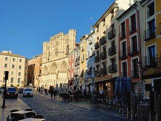 Apartamento en Plaza Mayor - Disfruta de Cuenca desde el corazon de su historia