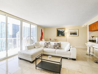 Ocean & CityView Converted 3 Bedrooms in Downtown Miami Brickell