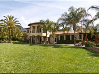 Gorgeous Villa with Mountain Views