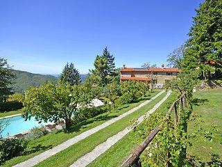 Adatti Villa Sleeps 10 with Pool and WiFi - 5763158