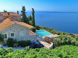 Stone Houses Dingac - Seven-Bedroom Villa with Pool