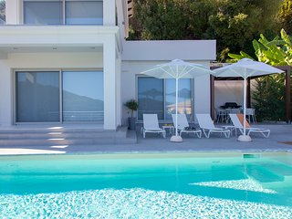 Special Offers: Stylish Villa W With Pool & stunning views, In Vasiliki Lefkada
