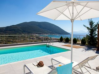 June Offers for 2020: Modern Villa O With Pool And Breathtaking view in Lefkada