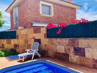 Chalet con piscina privada!!!