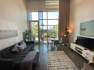 Furnished 1BR Suite in Mid-City