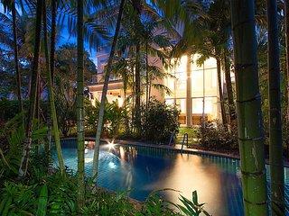 Blue Lagoon Hua Hin 401 | High class 4 Bed Villa in Paradise