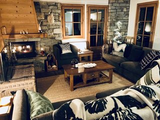Breckenridge - 6 bedroom chalet with hot-tub
