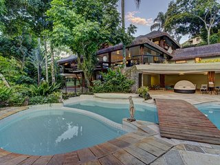 Ang016 - Authentic and luxurious mansion in Angra dos Reis Ang016