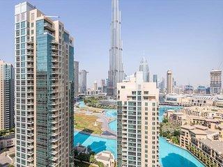 Lavish 2BR with Picturesque Burj Khalifa Views!