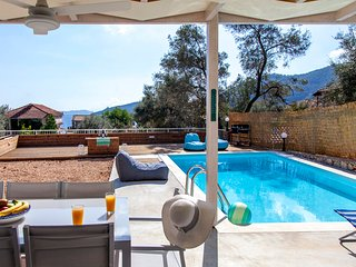 Brand New Villa Selini Perfect for Families - 3 min walk to the beach
