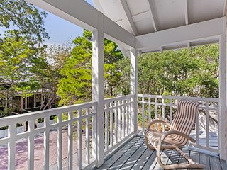 Beautiful home near the beach w/ large yard and wrap-around porch - near town!