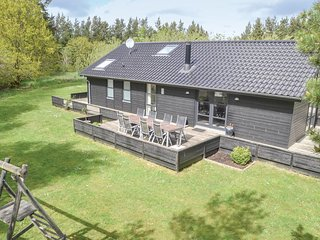 Awesome home in Oksbol w/ WiFi and 3 Bedrooms
