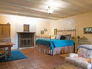 Austin Street Retreat Annie's Cabin