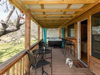 Live Oak Creek Cabins Nick's Cabin
