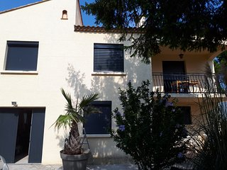 Villa in South of France close to beach, vineyards, city, Roman sites..and more!